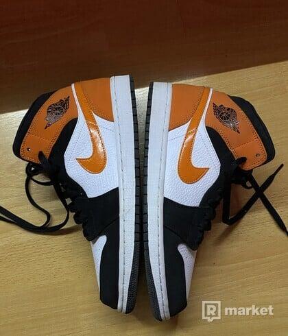 Nike Air Jordan 1 mid black orange white