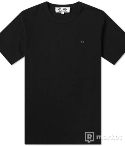 CDG PLAY TEE comme des garcons
