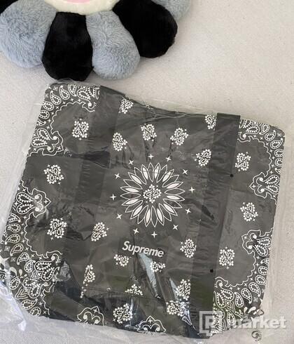 Supreme Bandana Tarp Small Duffle Bag Black
