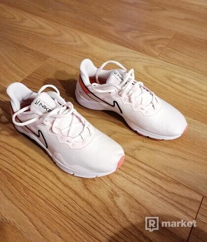Nike Legend Essential 2 - 39