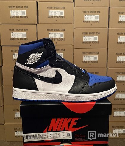 Air Jordan 1 High OG royal toe