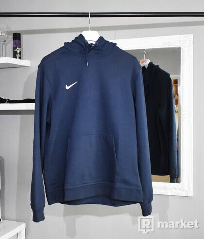 Nike Team Club hoodie navy