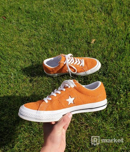 Converse one star orange