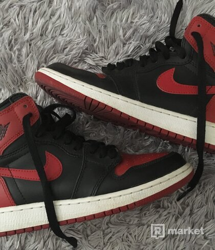 "Air Jordan 1 Retro High ""Bred"""