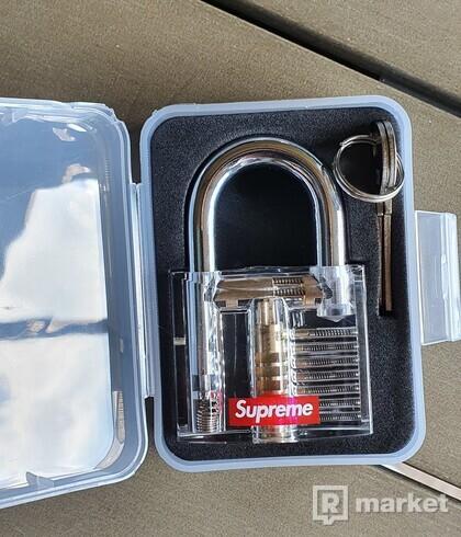 Supreme clear lock