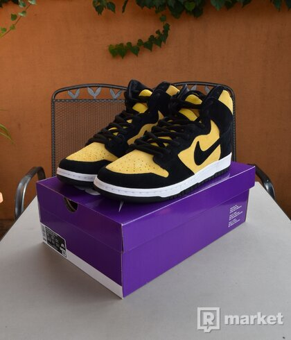 Nike Dunk High Reverse Goldenrod