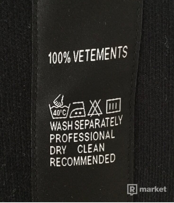 Vetements washtag pants