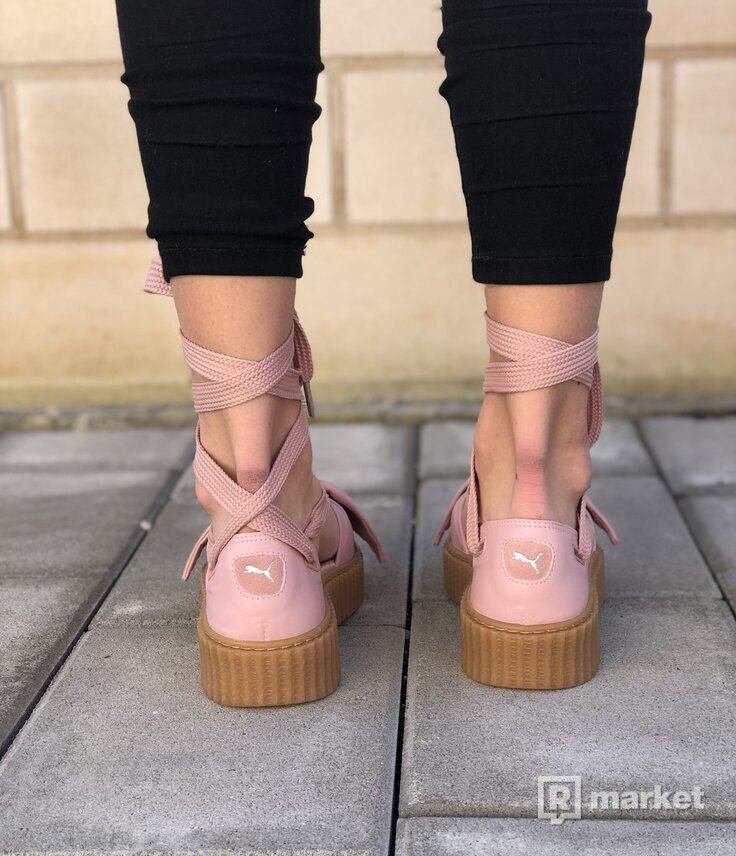 detailed pictures 17f52 a2c5b PUMA Fenty by Rihanna Bow Creeper Sandals