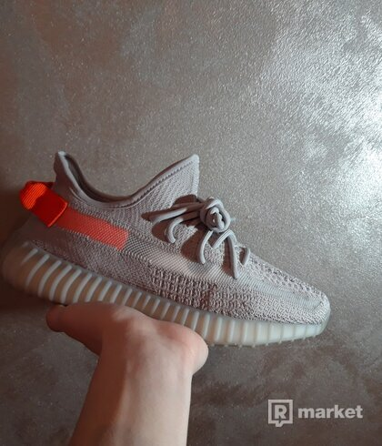 Yeezy 350 tail light