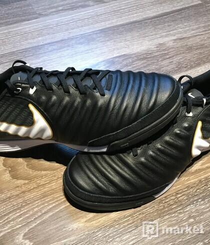 Nike halovky TIEMPO-X Ligera IV
