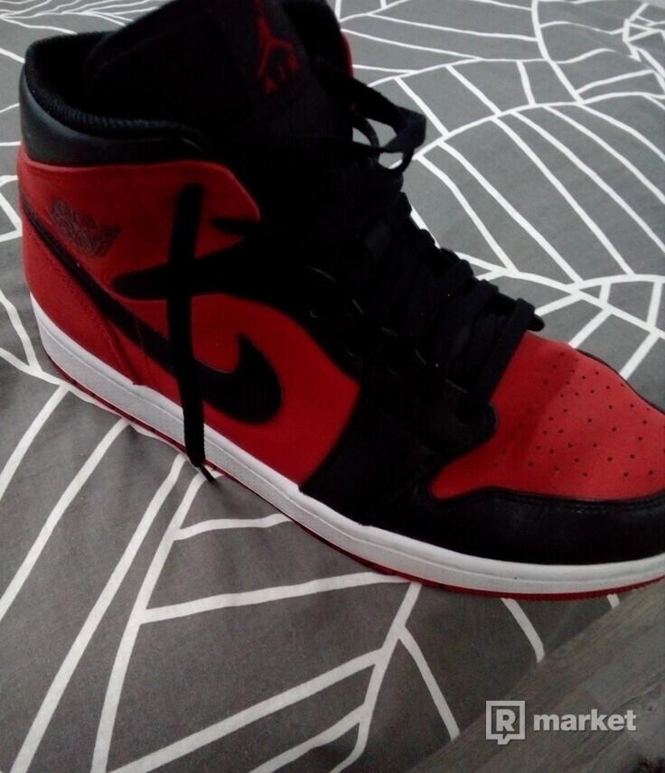 718618a8d Predám Air 1 Jordan Mid Gym Red Black | [s:46] stav: 9/10 ...