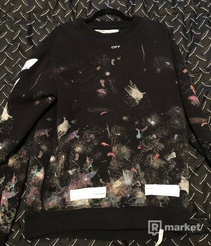 Off white galaxy crewneck
