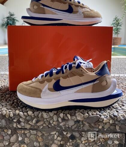 Nike X Sacai Vaporwaffle Sesame Blue void