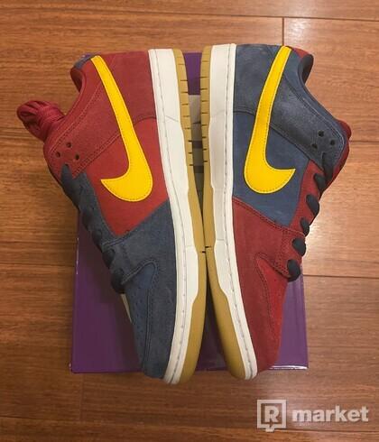 Nike SB Dunk Low 'Barcelona/Catalonia' - Size US 11/EU 45