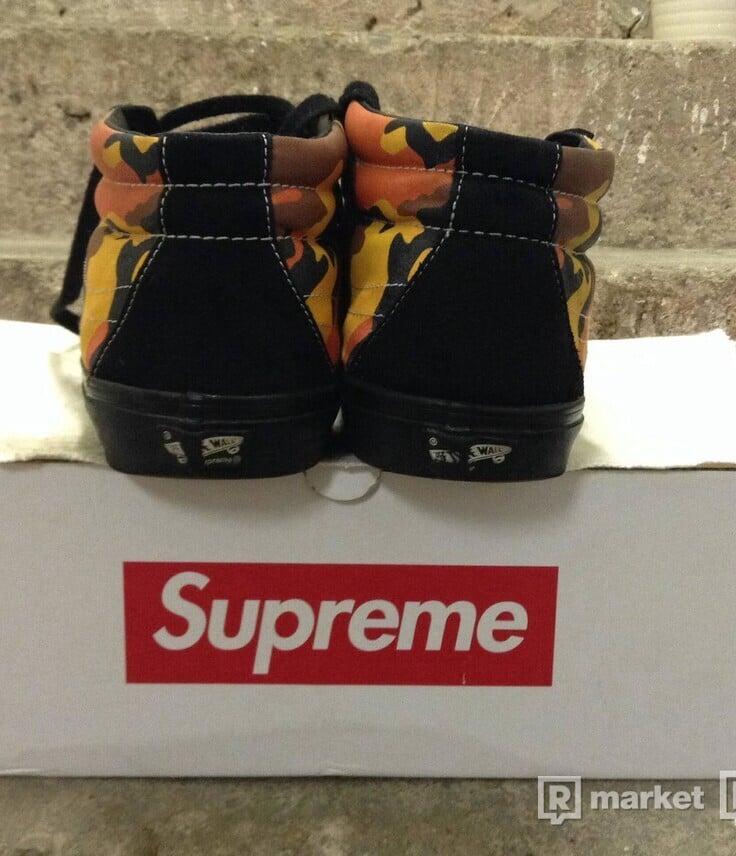 Vans x Supreme Sk8 Mid