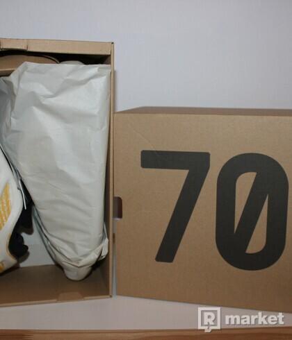 Adidas YEZZY V3