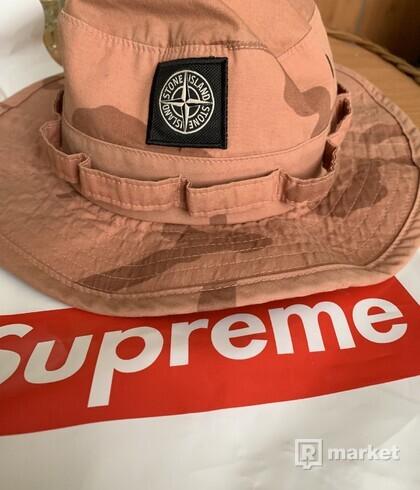 Supreme x stone Island klobuk ss18