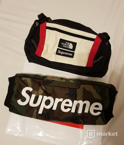 Supreme x TNF Waist bag + Hand Warmer