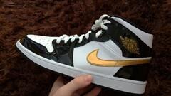 Jordan 1 Patent Black White Gold