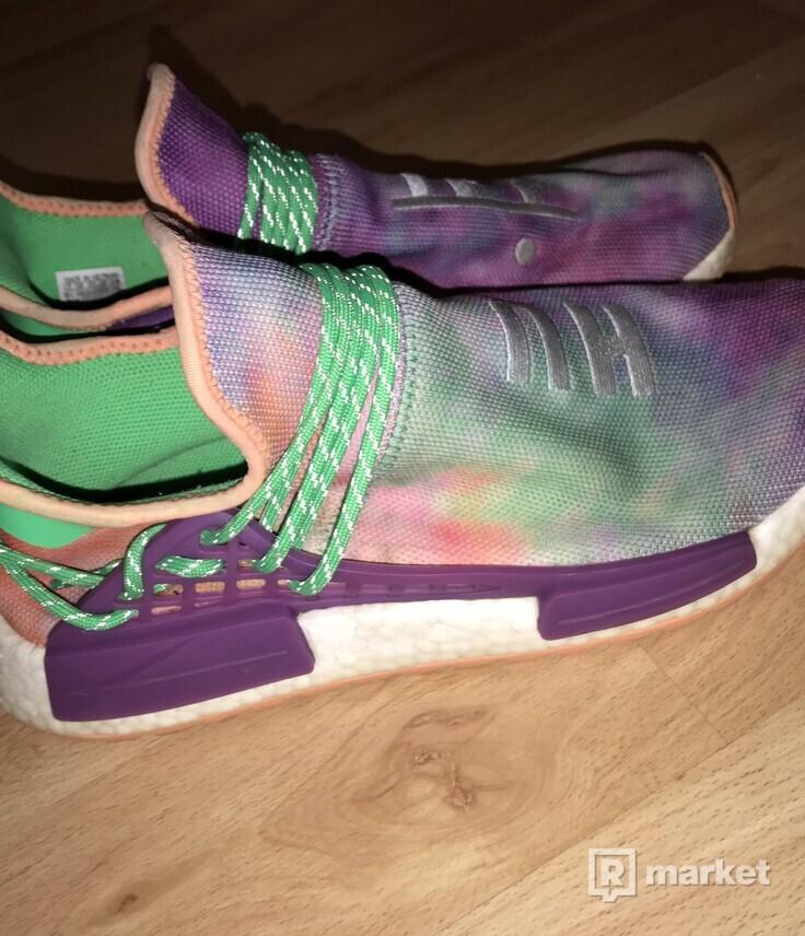 Adidas human race chalk coral