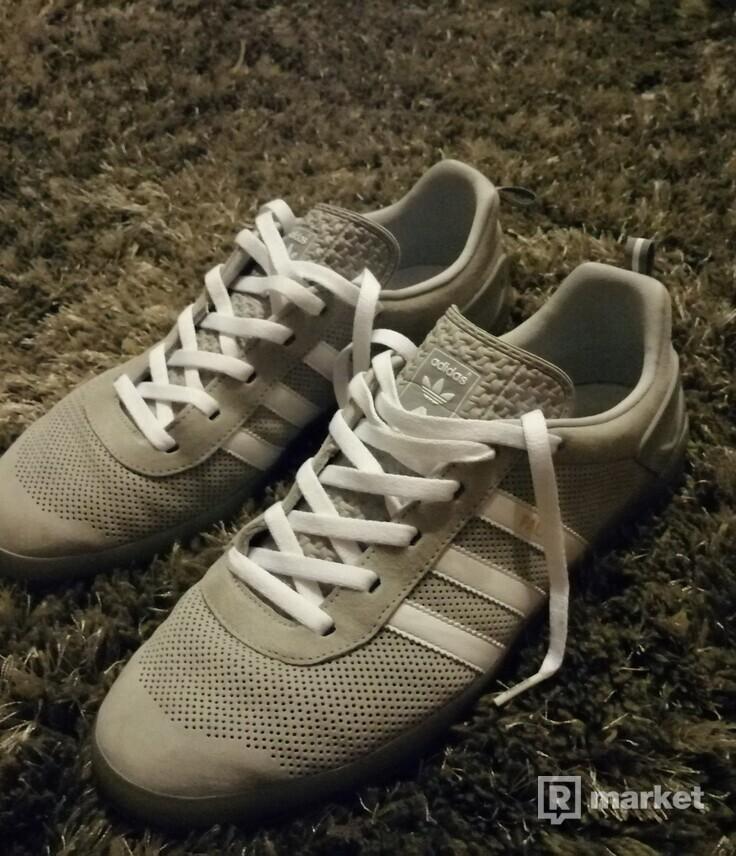 Adidas Palace Pro 44 2/3