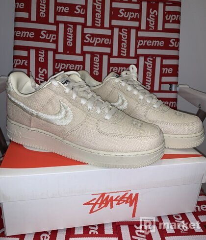 Nike Air Force 1 Low Stüssy Fossil