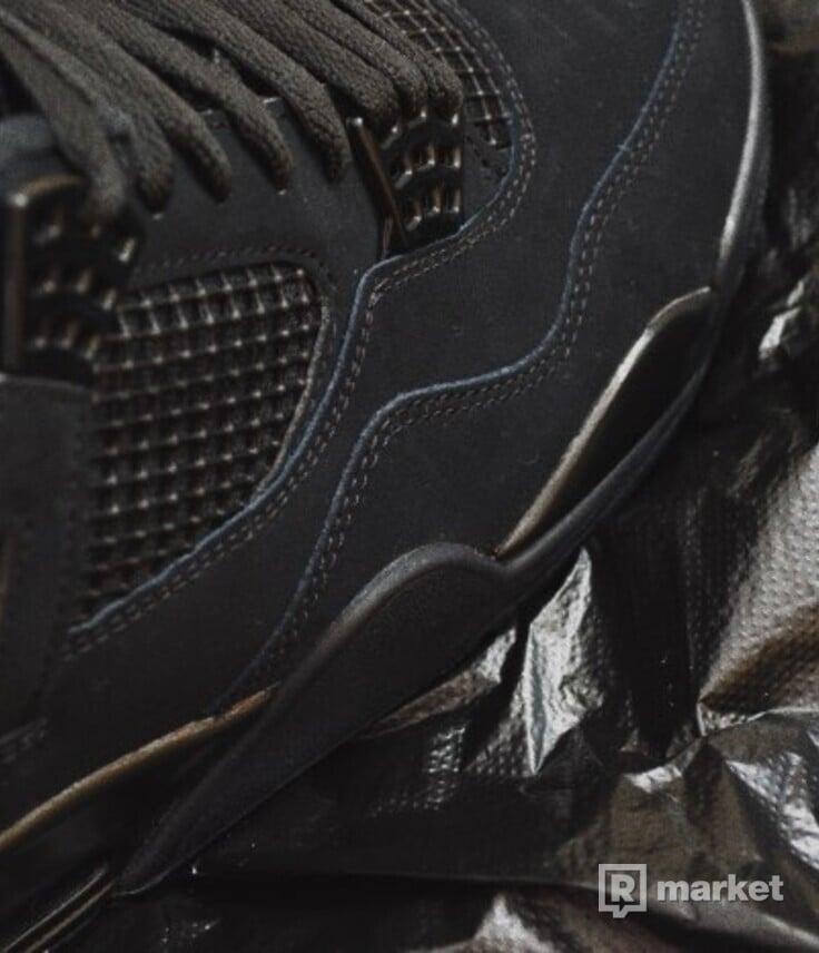 Air Jordan 4 Black Cat