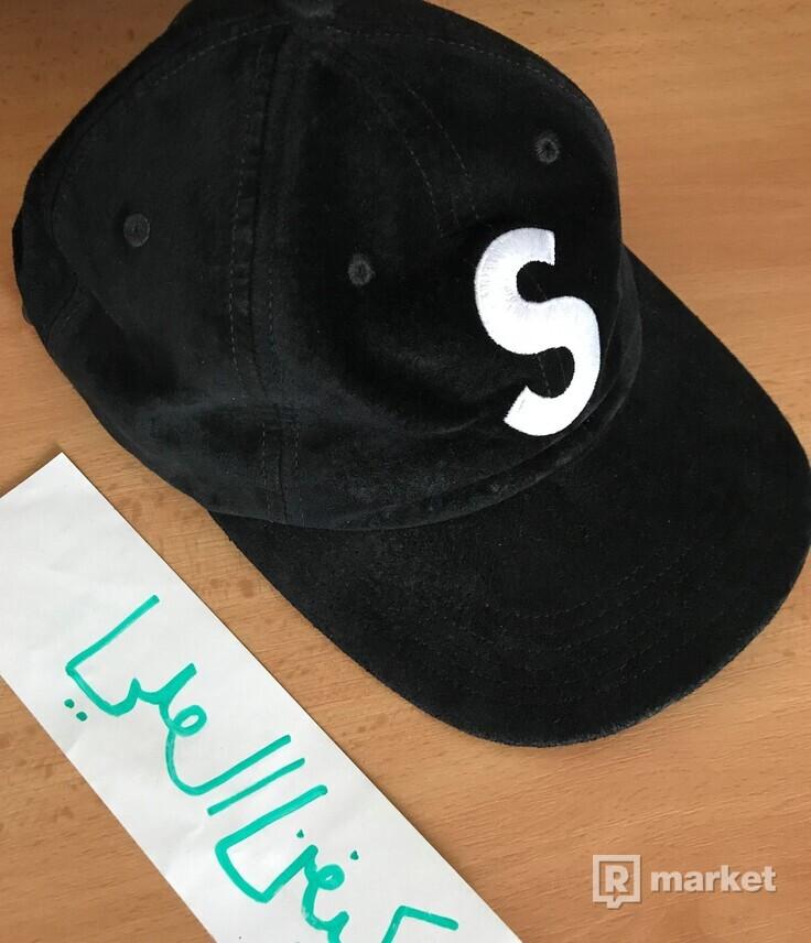 Supreme S Logo Cap Suede Black