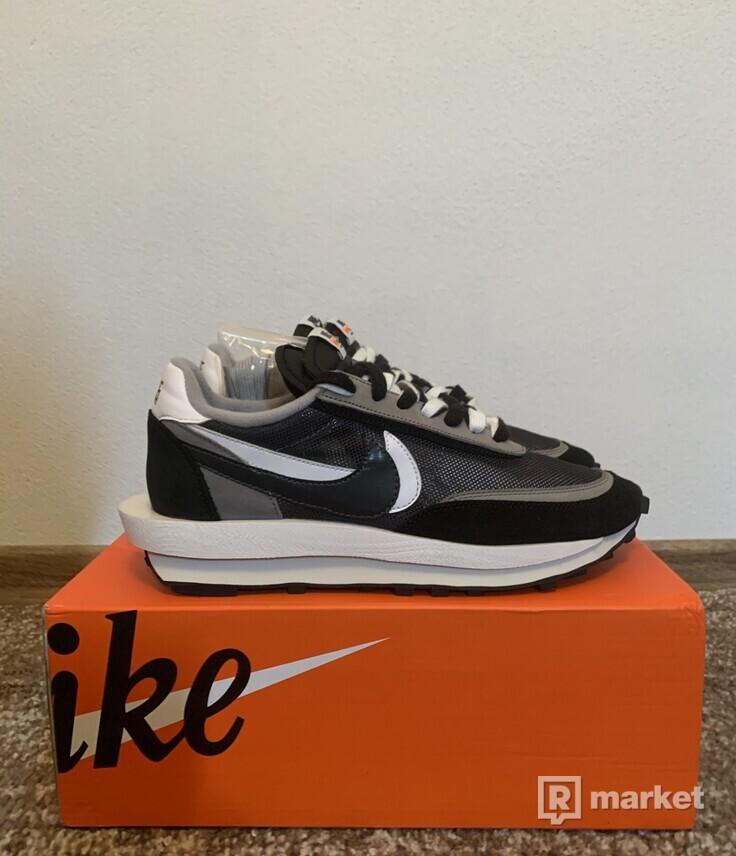 Nike Waffle Sacai (black)