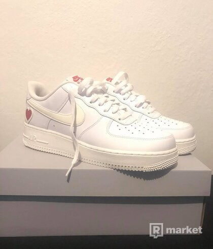 Nike air force 1 Valentines