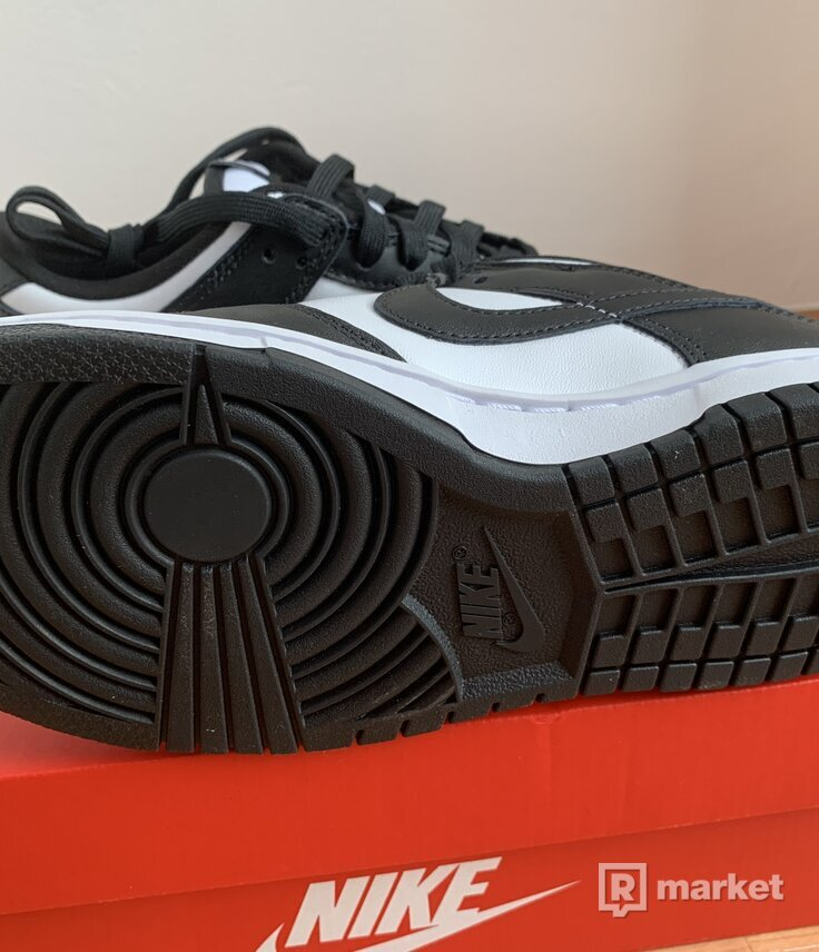 Nike Dunk Low Black and White Retro (Panda)