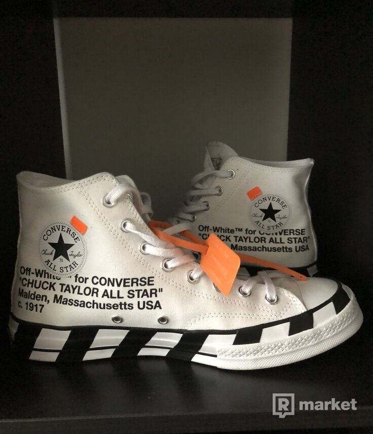 Chuck Taylor Off white
