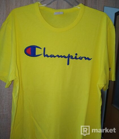 Champion yellow tee