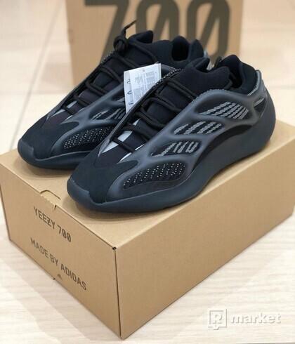 Adidas Yeezy 700 V3 Avlah