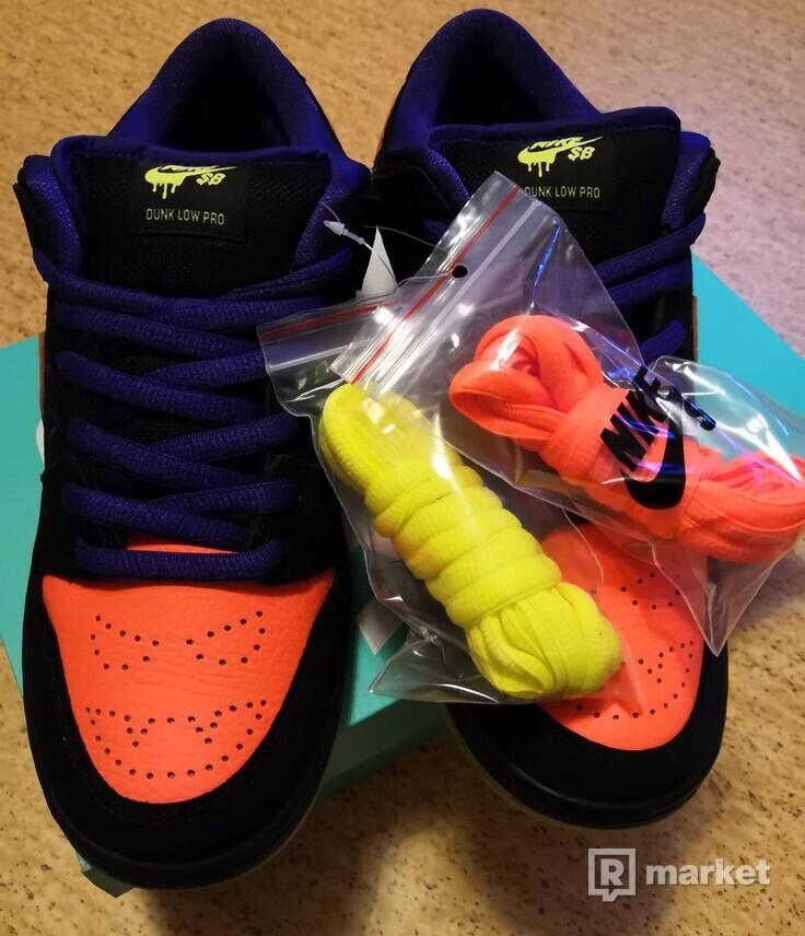 Nike SB Dunk Low Night of Mischief - 42.5