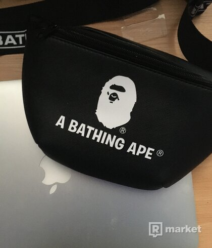 BAPE MAGAZINE SHOULDER BAG