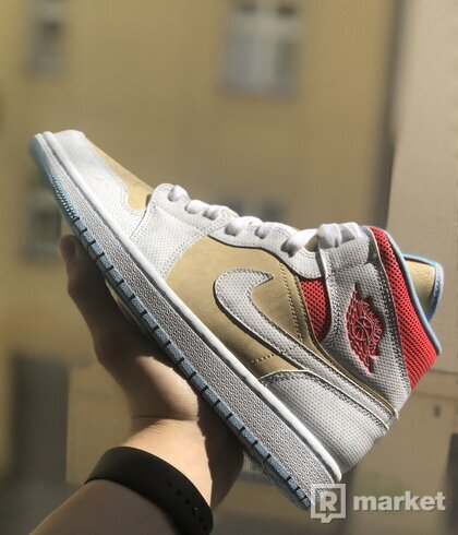 Air Jordan 1 Mid Sesame
