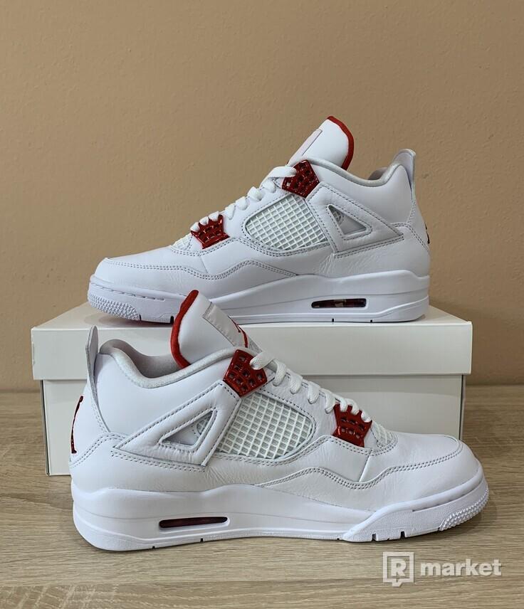 Jordan 4 Metallic Red