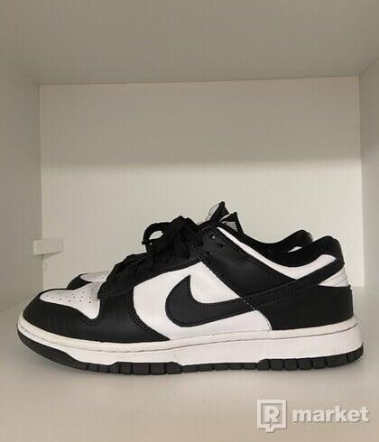 Nike Dunk Low white black