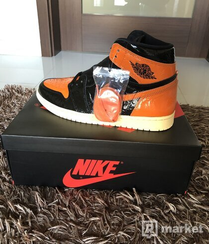 AJ1 Shattered Backboard 3.0