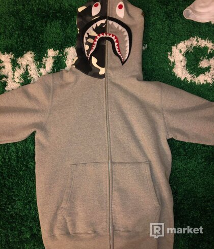 Bape Full Zip (glow in the dark)