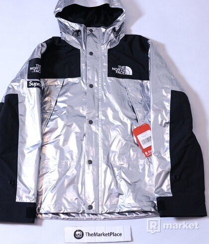 Supreme x The North Face Silver parka