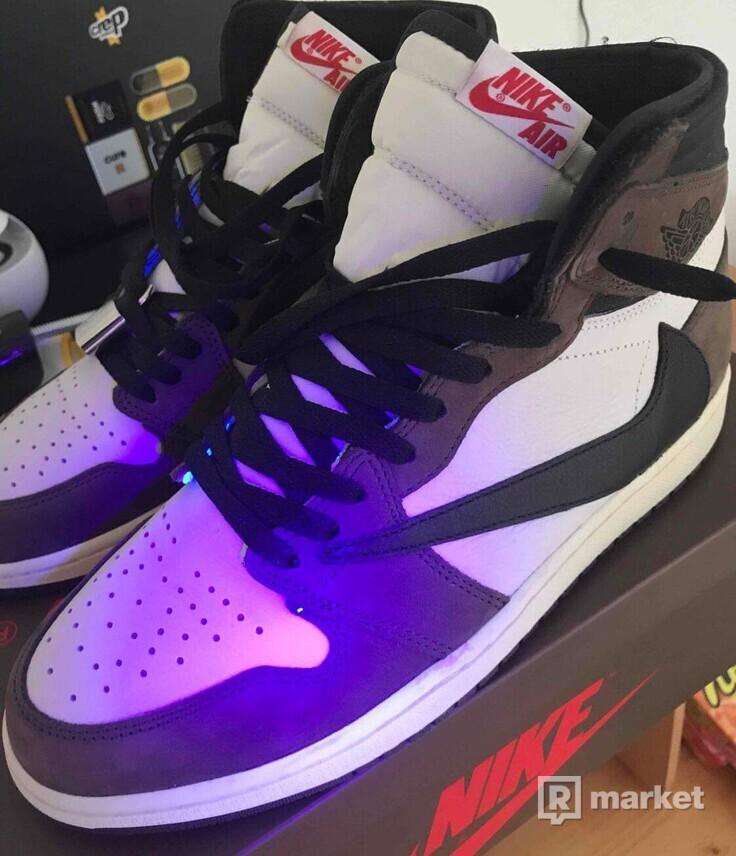 Air Jordan 1 Retro High Og Travis Scott