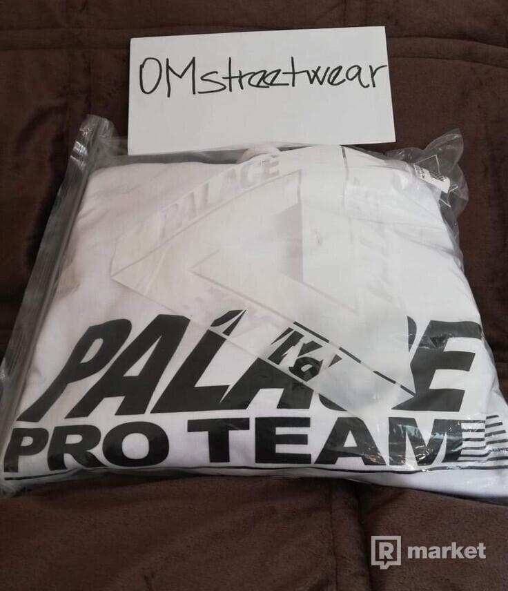 PALACE Pro team hoodie