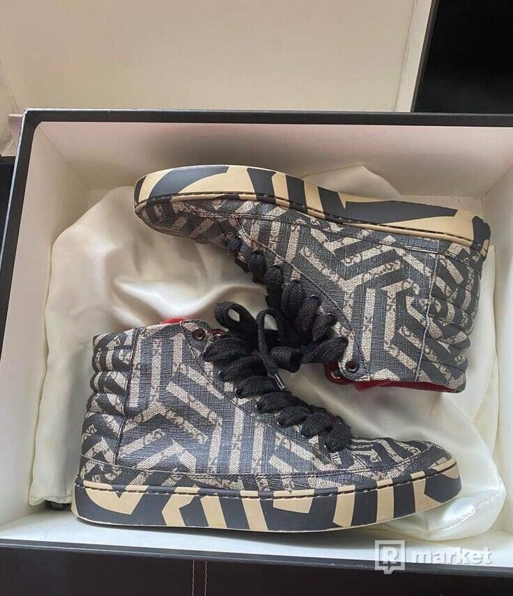 Gucci high top sneakers caleido