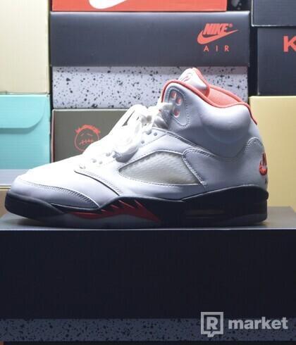 """Jordan 5 """"Fire Red"""" (Worn)"""
