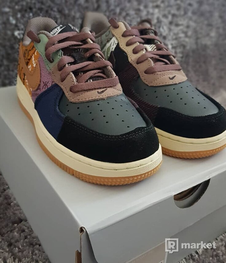 Air force 1 x Travis Scott