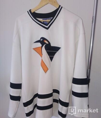 NHL Longsleeve tee