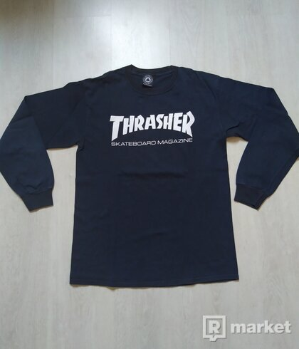 Thrasher Longsleeve tee-black