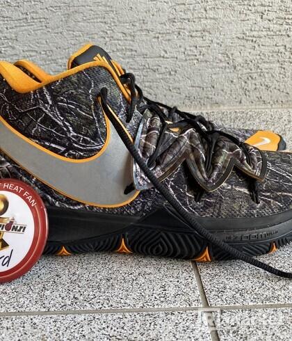 Nike Kyrie 5 TACKO PE US 13